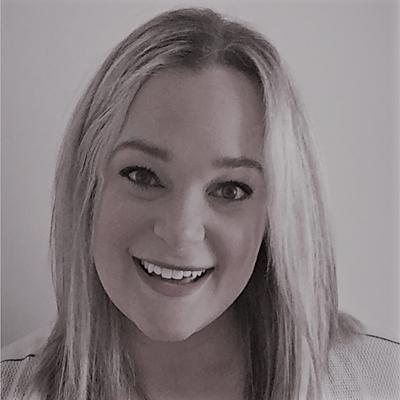 Jaclyn Headshot
